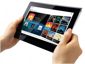 sony-tablets1-hands2-lg